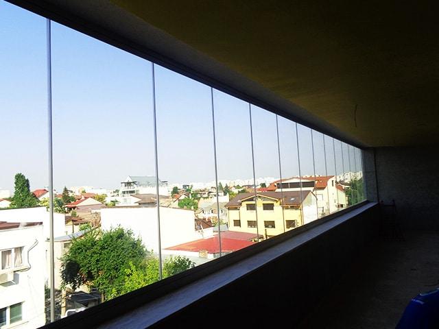 inchidere balcon cu sticla
